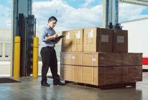 Make your shipping experience easier with J&R Hall Transport